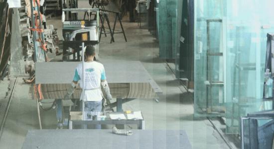fabrica-imagem1-vidrovalle-bymairadamasio-midiazaz